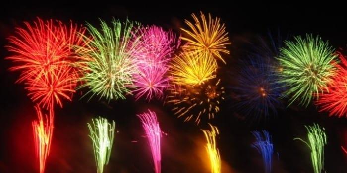 Réveillon: entenda como são feitos os fogos de artifício