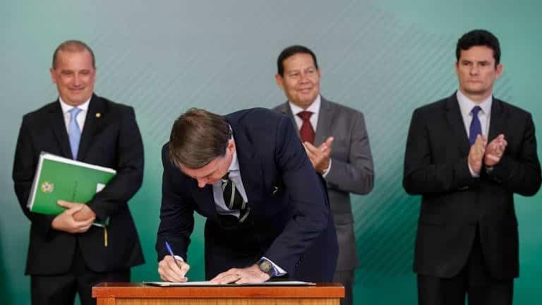 O que realmente significa ter posse de armas liberado no Brasil?