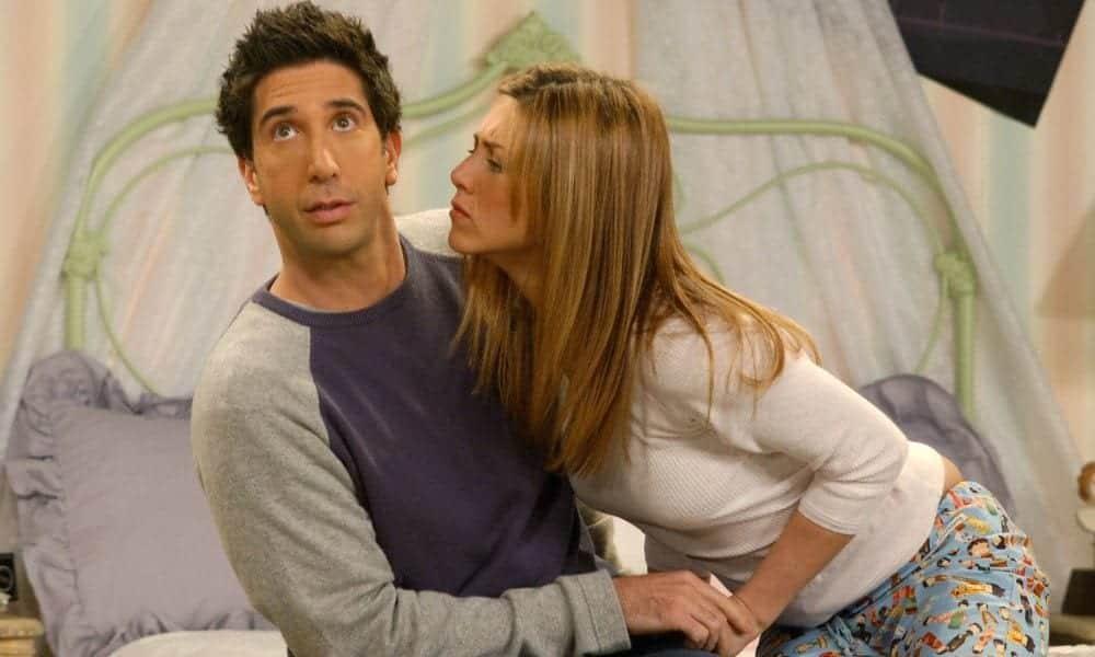 Por que Rachel e Ross deram um tempo em Friends?