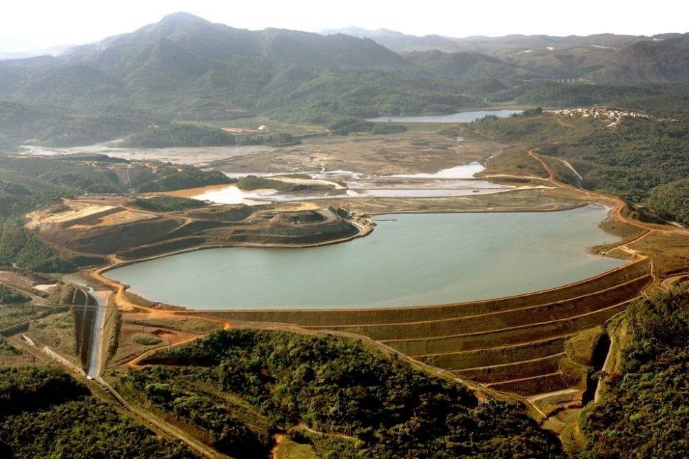 O que é uma barragem de rejeitos de mineração? E a lama, o que é?