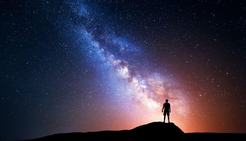 Por que dizem que o homem é feito de poeira de estrela?