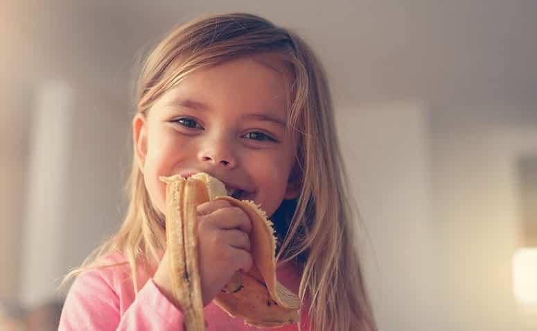 Duas bananas por dia, durante um mês, podem transformar sua saúde