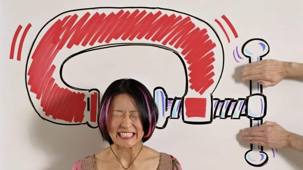 Dor de cabeça com frequência? Entenda as possíveis causas