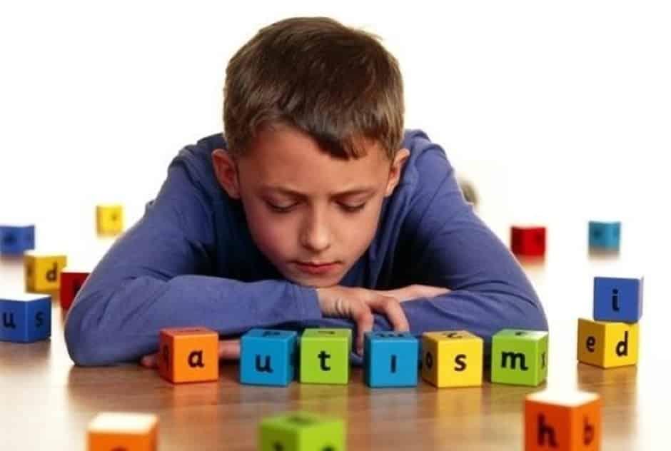 Autismo: Como identificar, quais as causas e tratamento