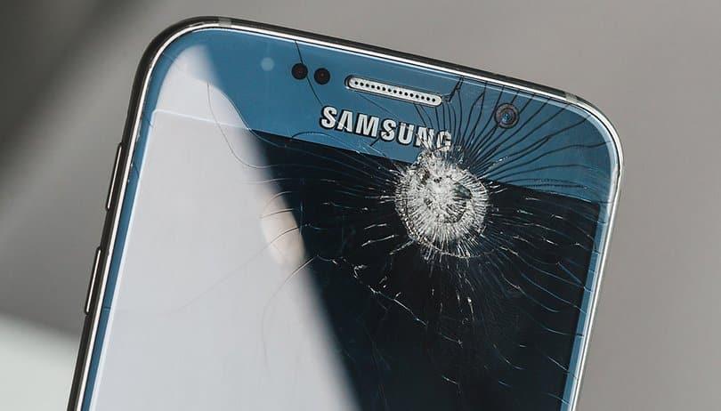 Tela quebrada: 6 coisas que você pode fazer se a tela do celular quebrar
