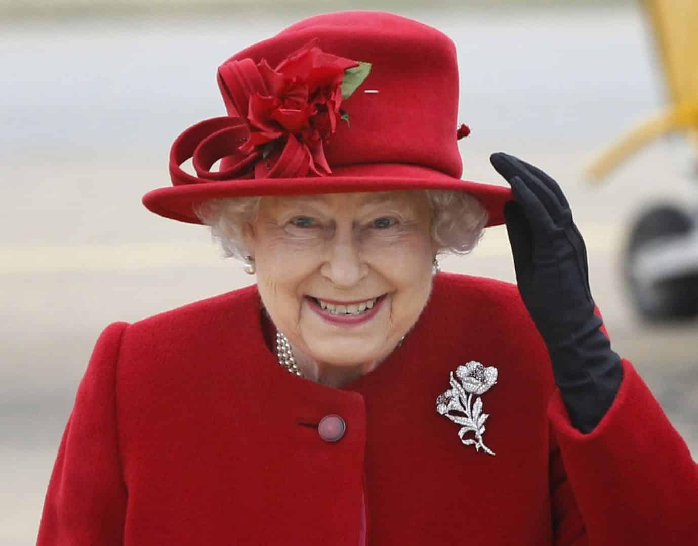 Rainha da Inglaterra, biografia e curiosidades sobre a rainha Elizabeth II