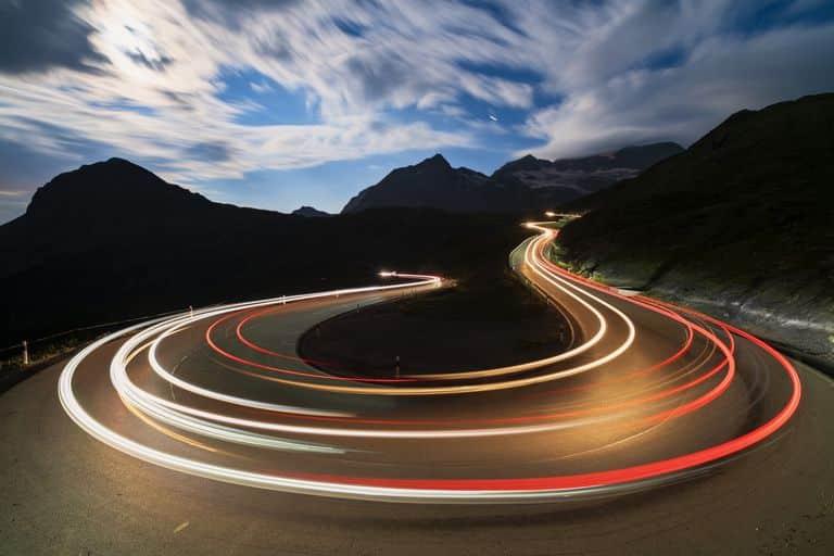 O que é a velocidade da luz e qual a sua real velocidade