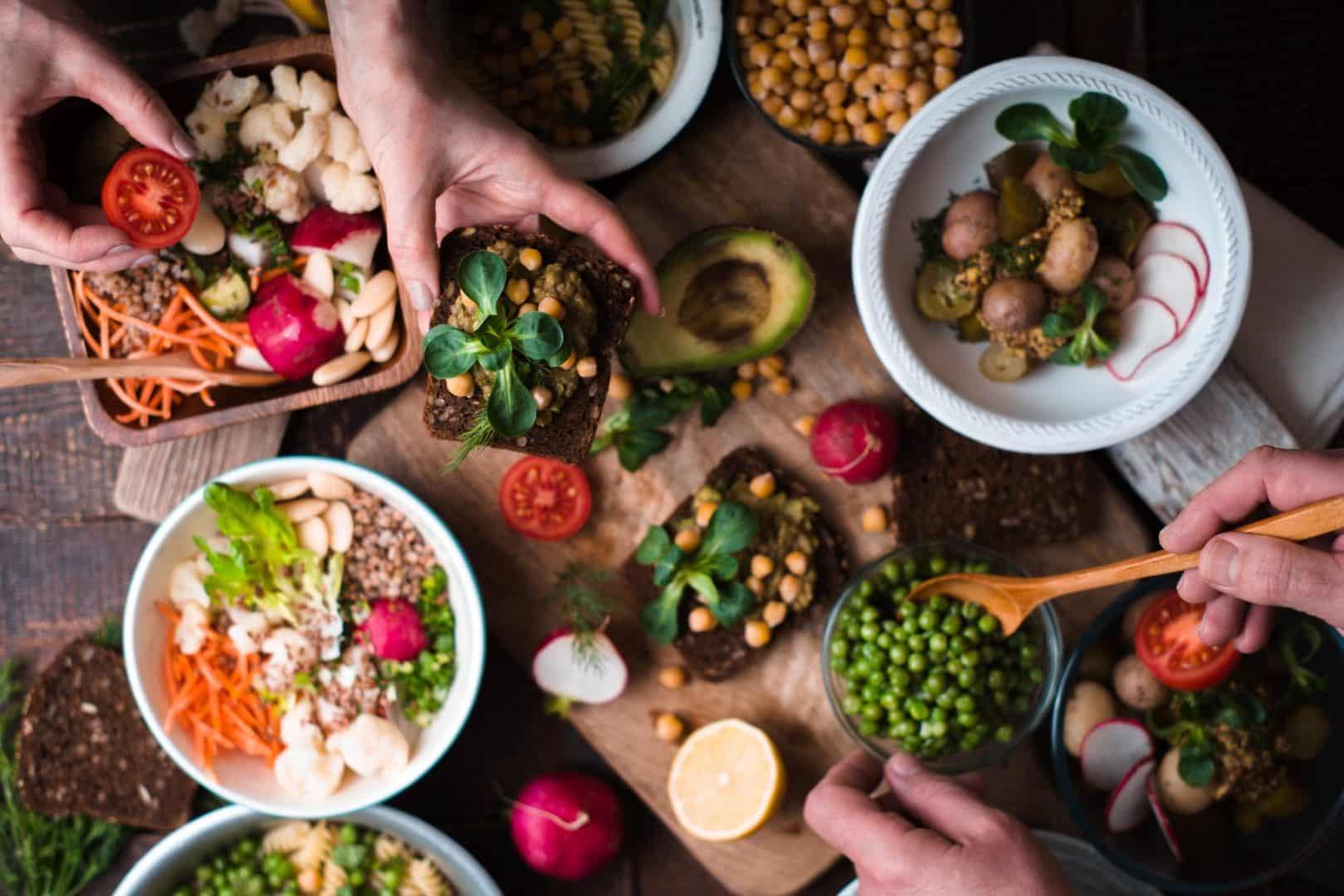 Veganos - quem são, o que pregam, o que eles comem?
