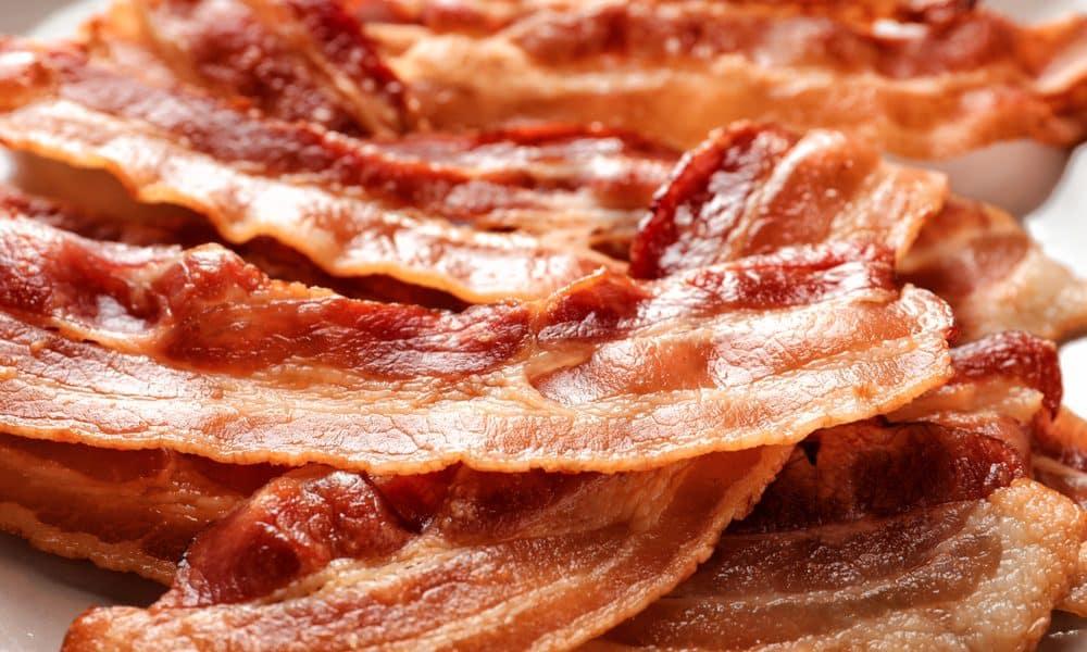 Bacon faz mal? Verdades e curiosidades sobre o polêmico bacon