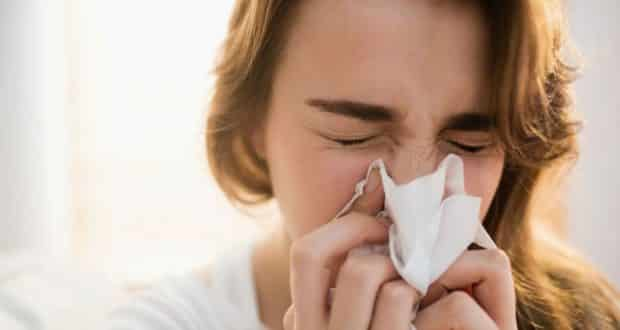 Entenda quais são as causas da dor de garganta e como tratá-la
