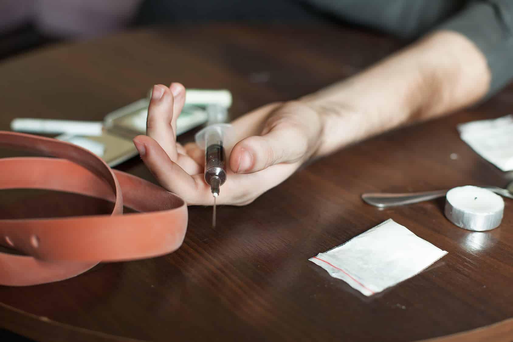 Próxima dose: Efeitos e reações da heroína no organismo