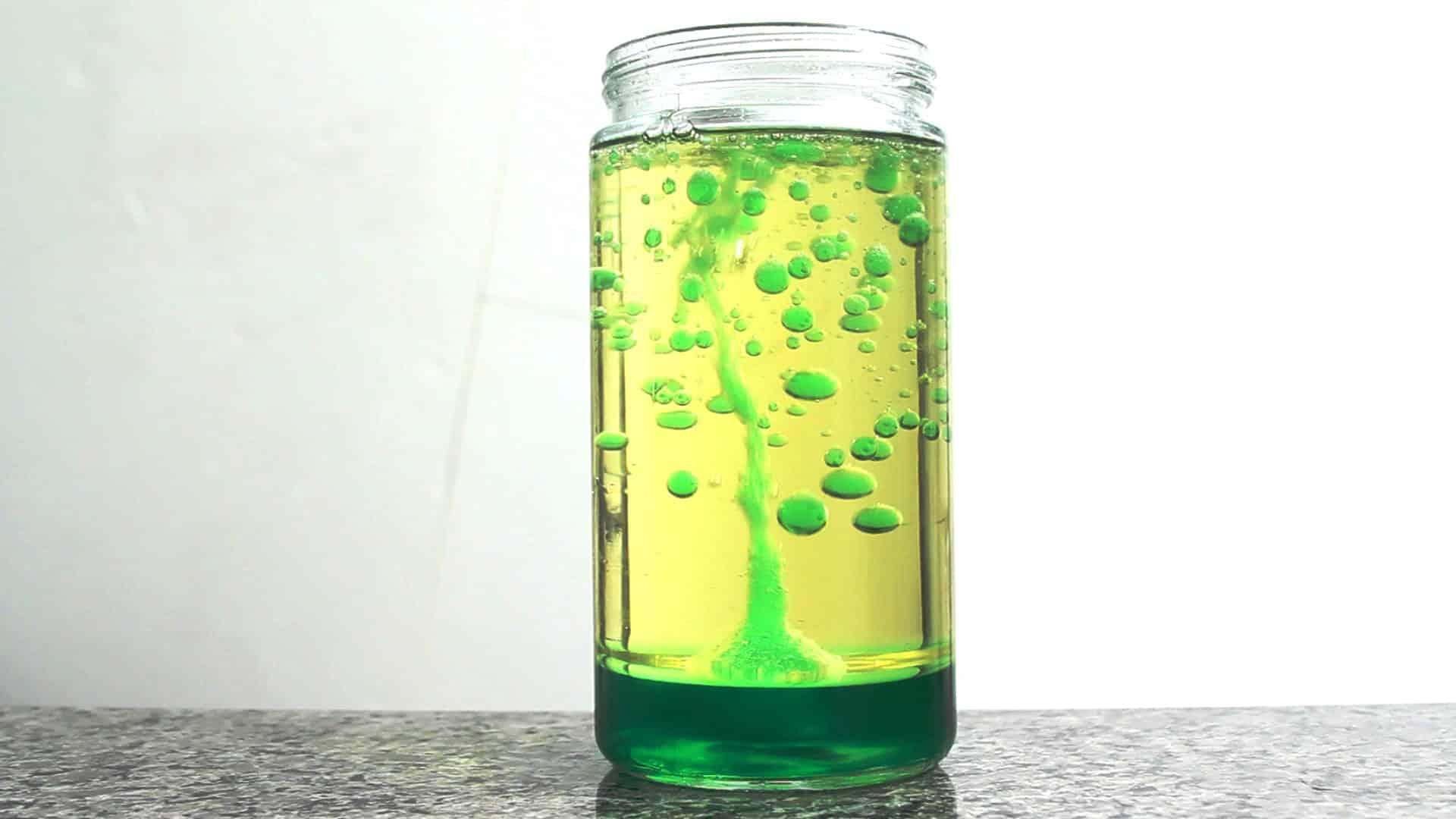 Confira agora 5 experiências químicas que você pode fazer em casa