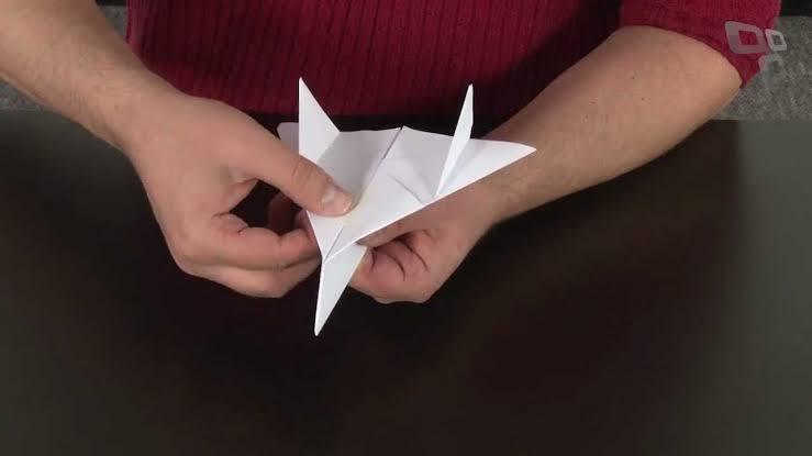 Aviãozinho de papel, como fazer? Passo a passo da famosa dobradura