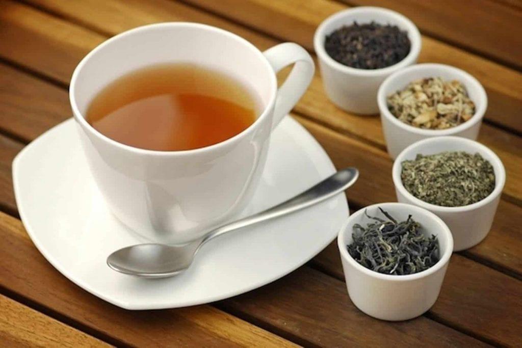 Chás para gripe – 7 receitas naturais para acabar com a doença