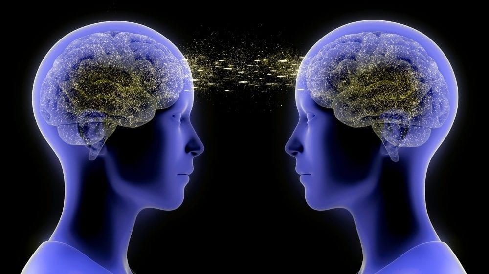 Telepatia: fenômeno de envio de mensagem mental existe mesmo?