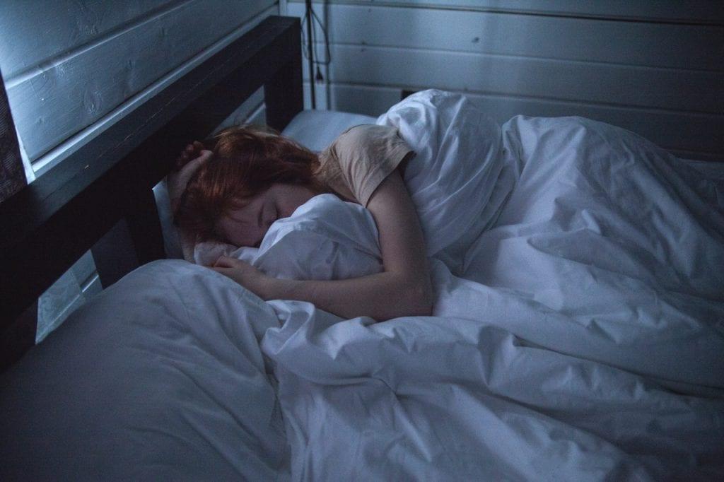 Como dormir rápido – Técnicas e receitas para ter uma boa noite de sono