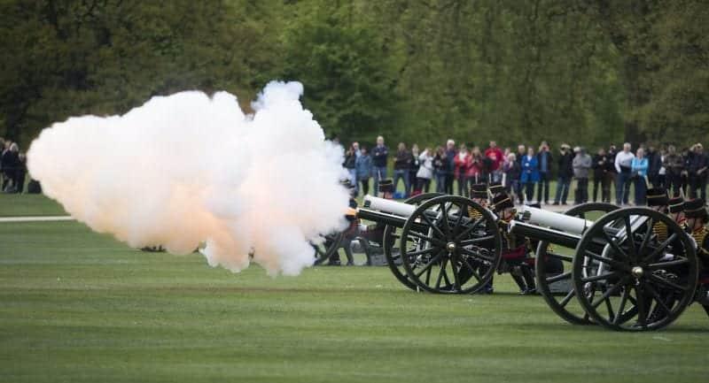 21 tiros de canhão - O que significa e a história da tradição