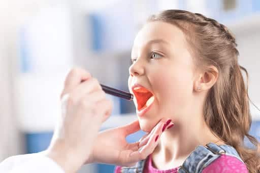 Dor de garganta - causas, sintomas e tratamentos da condição