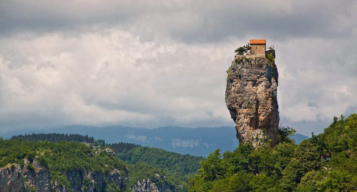 Mosteiros - Conheça sua história e os mais incríveis para se visitar
