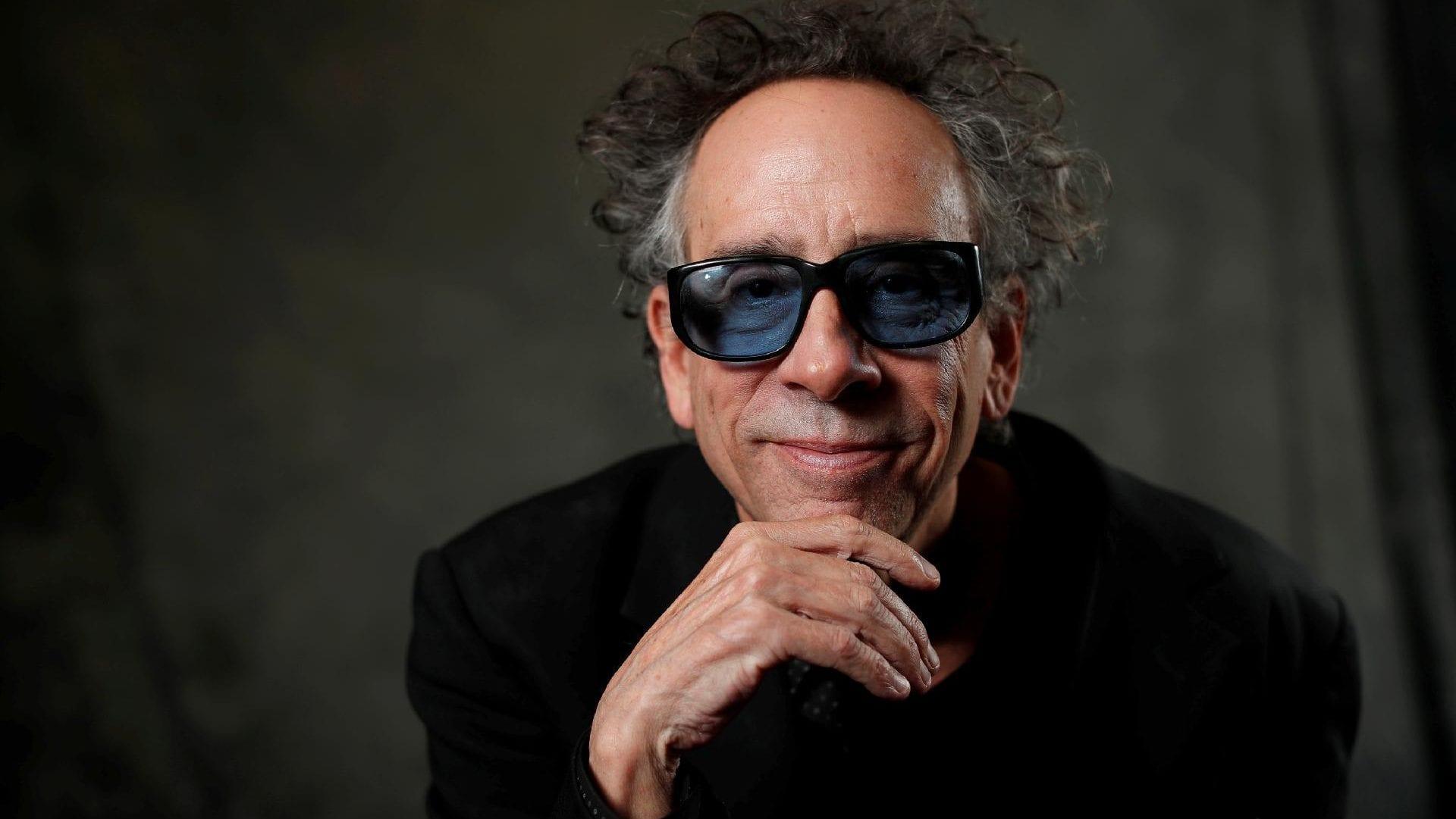 Tim Burton, quem é? Biografia, carreira e principais filmes  do diretor
