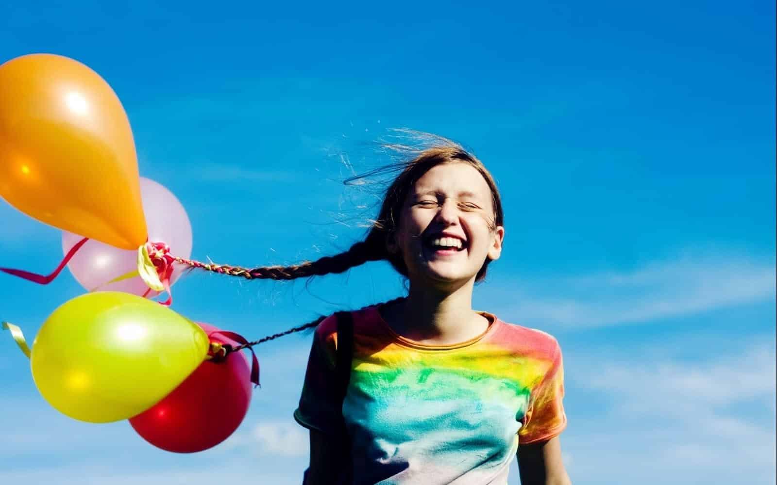 13 atitudes que difere as pessoas felizes das outras