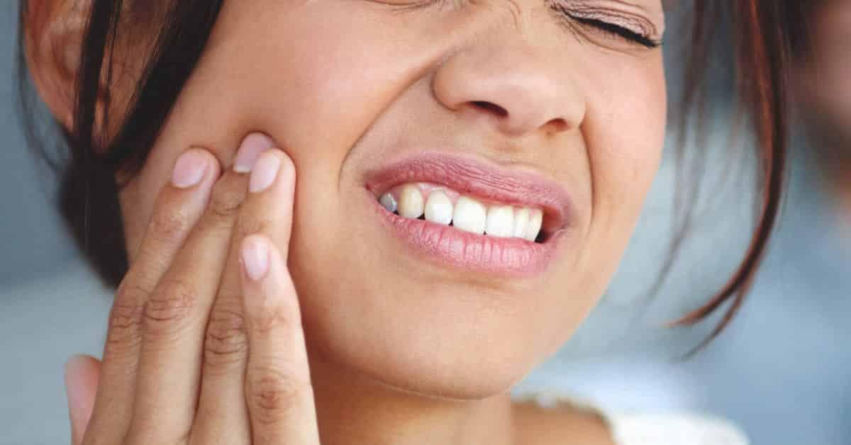 Dor de dente - Causas, o que fazer e remédios caseiros