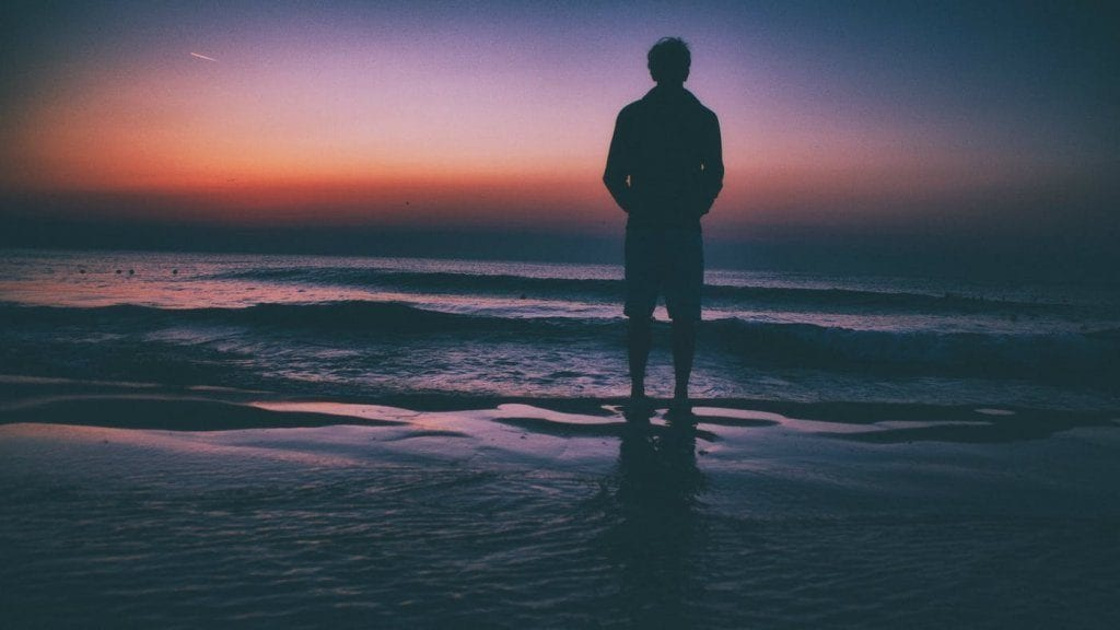 Se sentindo sozinho? O que fazer para ressignificar essa sensação