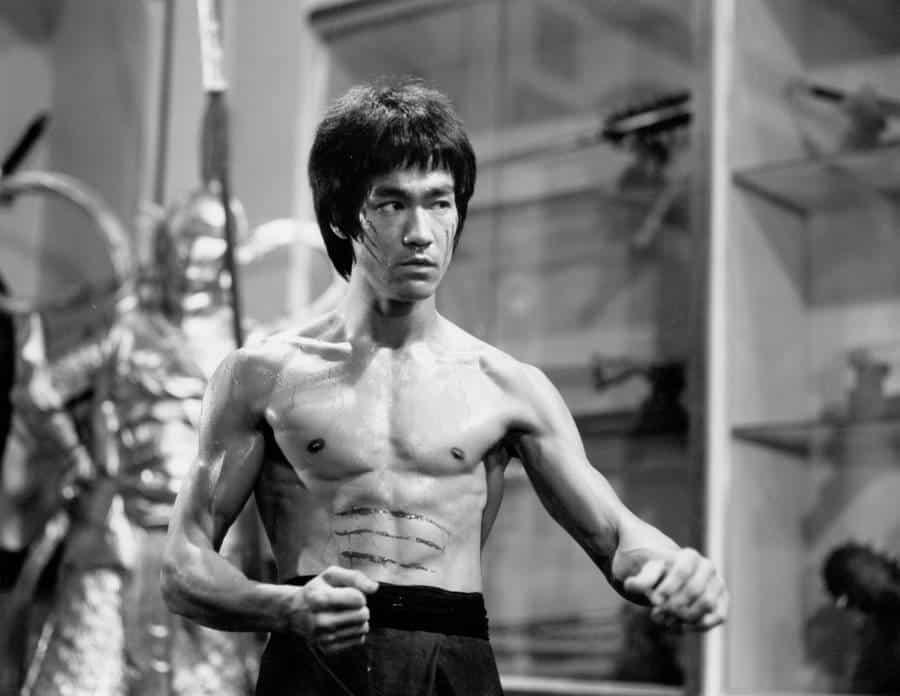 Bruce Lee - Origem, história, artes marciais, carreira no cinema e filmes