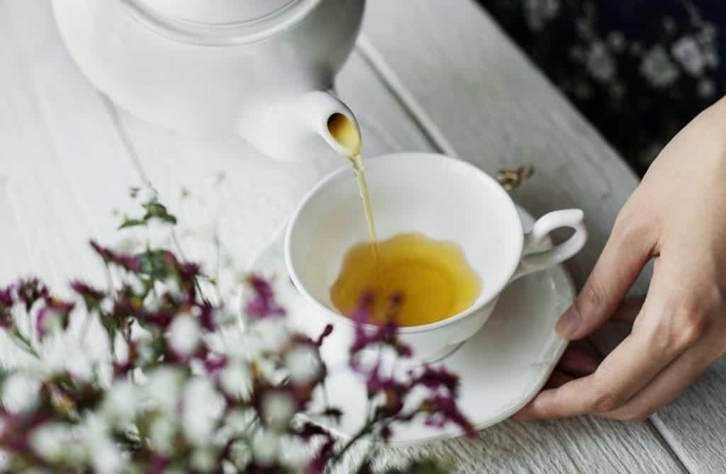 Remédios caseiros para dor de barriga – O que tomar para sarar rápido?
