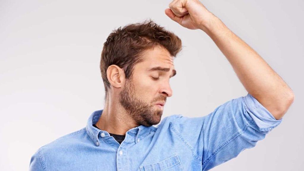 Bromidrose, o que é,? Principais causas, sintomas e como tratar