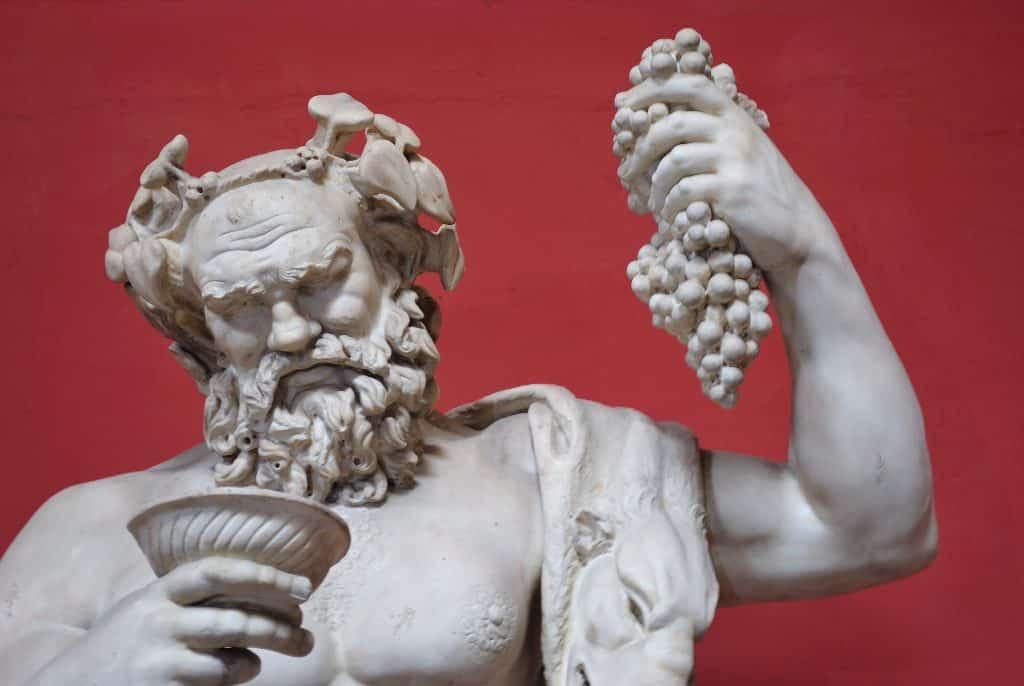 Dionísio – Origem e mitologia do deus grego das festas e do vinho