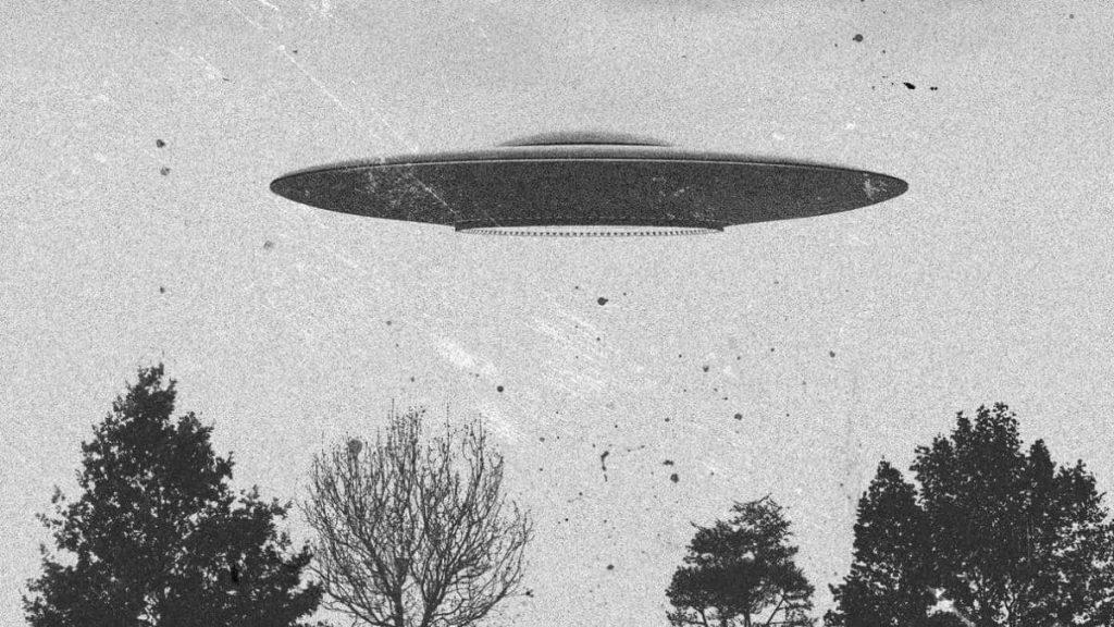 Disco voador, realmente existe? Como é e qual a sua história