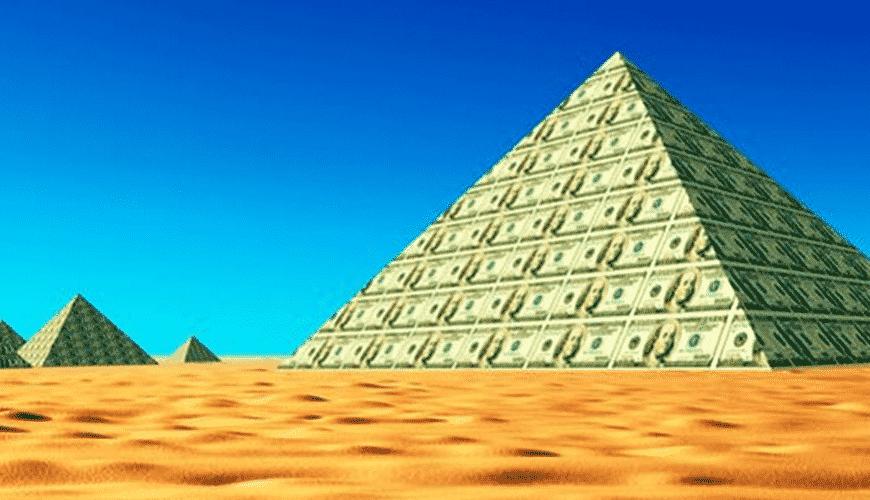 Pirâmide financeira , o que é? Origem, problemas e como denunciar