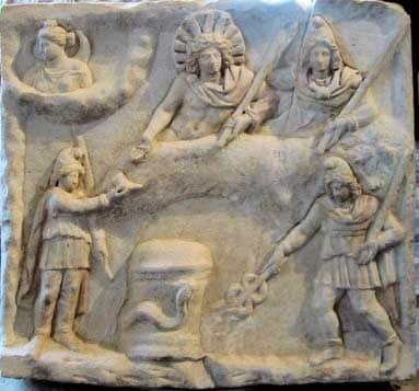 Mitra - história do culto religioso contemporâneo ao cristianismo