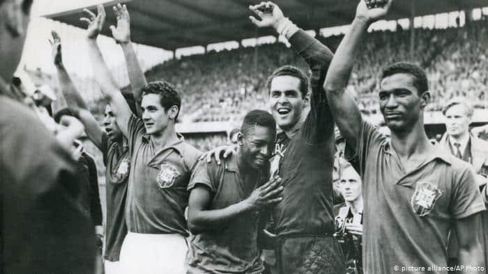 Seleção Brasileira - história no futebol e participação em Copas do Mundo