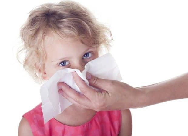 Assoar o nariz – Força, secreção nasal e o jeito certo de fazer