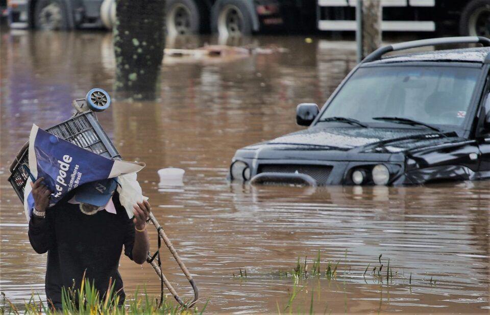 Enchentes – Principais causas de inundações e histórico no Brasil