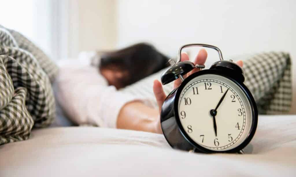 Sono depois de comer – Por que sentimos e como evitar
