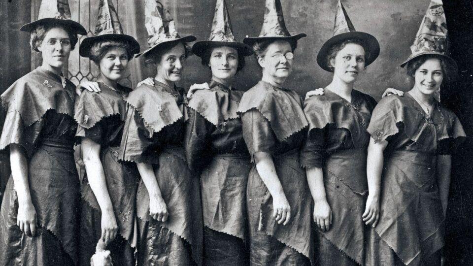 Bruxa – História, visão atual e características que as representavam