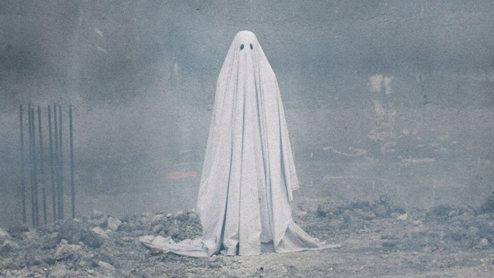 Fantasia de fantasma, como fazer? Incrementando o look para o Halloween