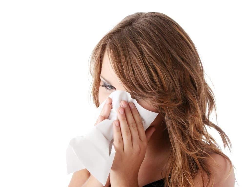 Como parar de espirrar - Dicas imperdíveis para acabar com o espirro
