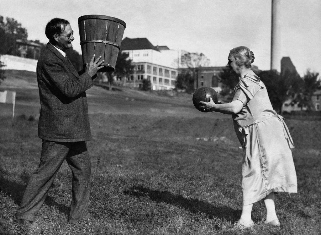 História do basquete - origem e evolução do esporte através das décadas