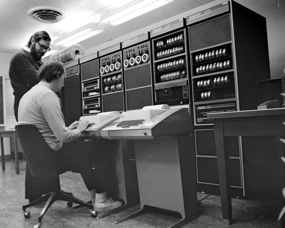 História da Internet - a evolução da rede da Guerra Fria aos dias atuais