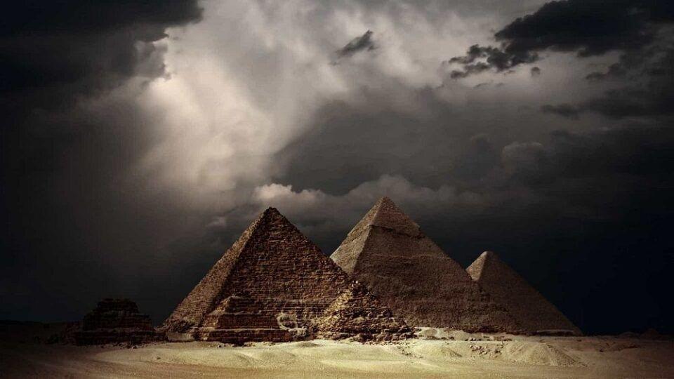 Pragas do Egito, quais são? Histórias e teorias sobre as 10 pragas