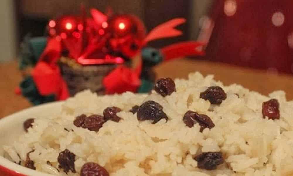 Uva passa - história, benefícios e relação com as comidas de Natal