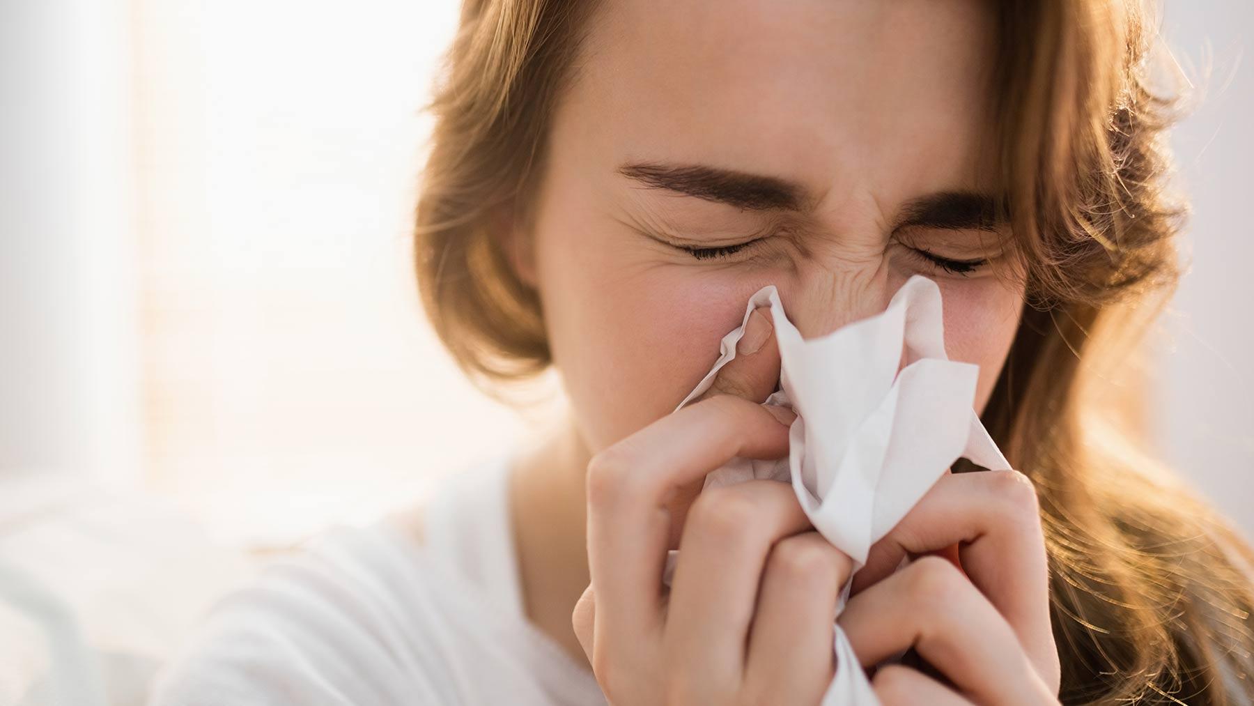 Como parar de tossir - dicas e remédios caseiros para a tosse