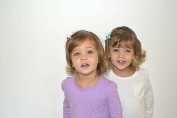 Conheça Ava e Leah: as gêmeas mais bonitas do mundo