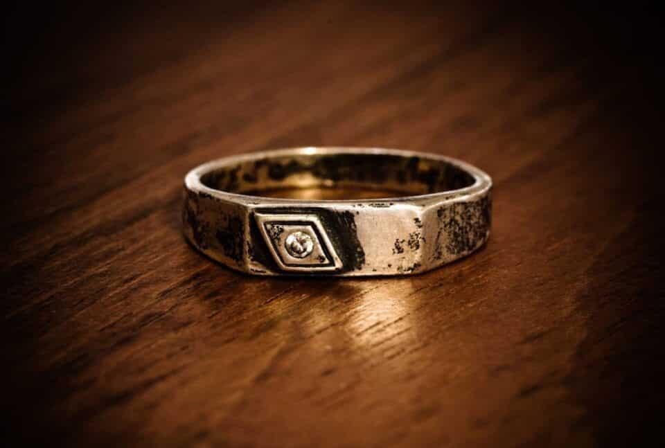 Por que prata escurece – O que causa oxidação e como evitar