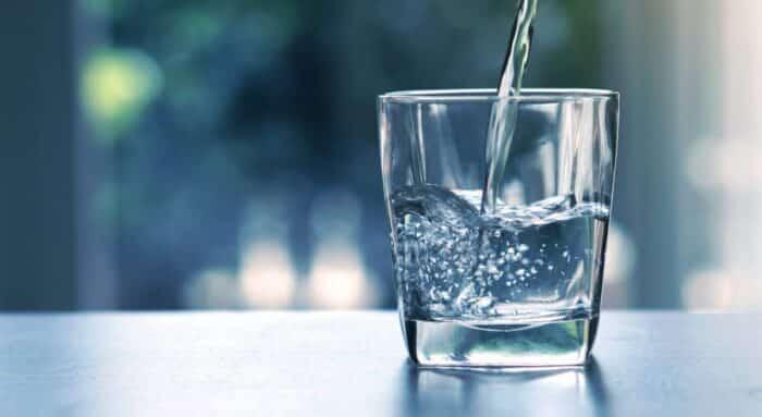 Principais causas da tosse seca e como aliviar a coceira na garganta