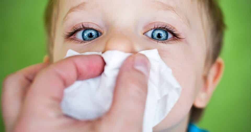 Sintomas de resfriado – Identificação e diferenças para a gripe